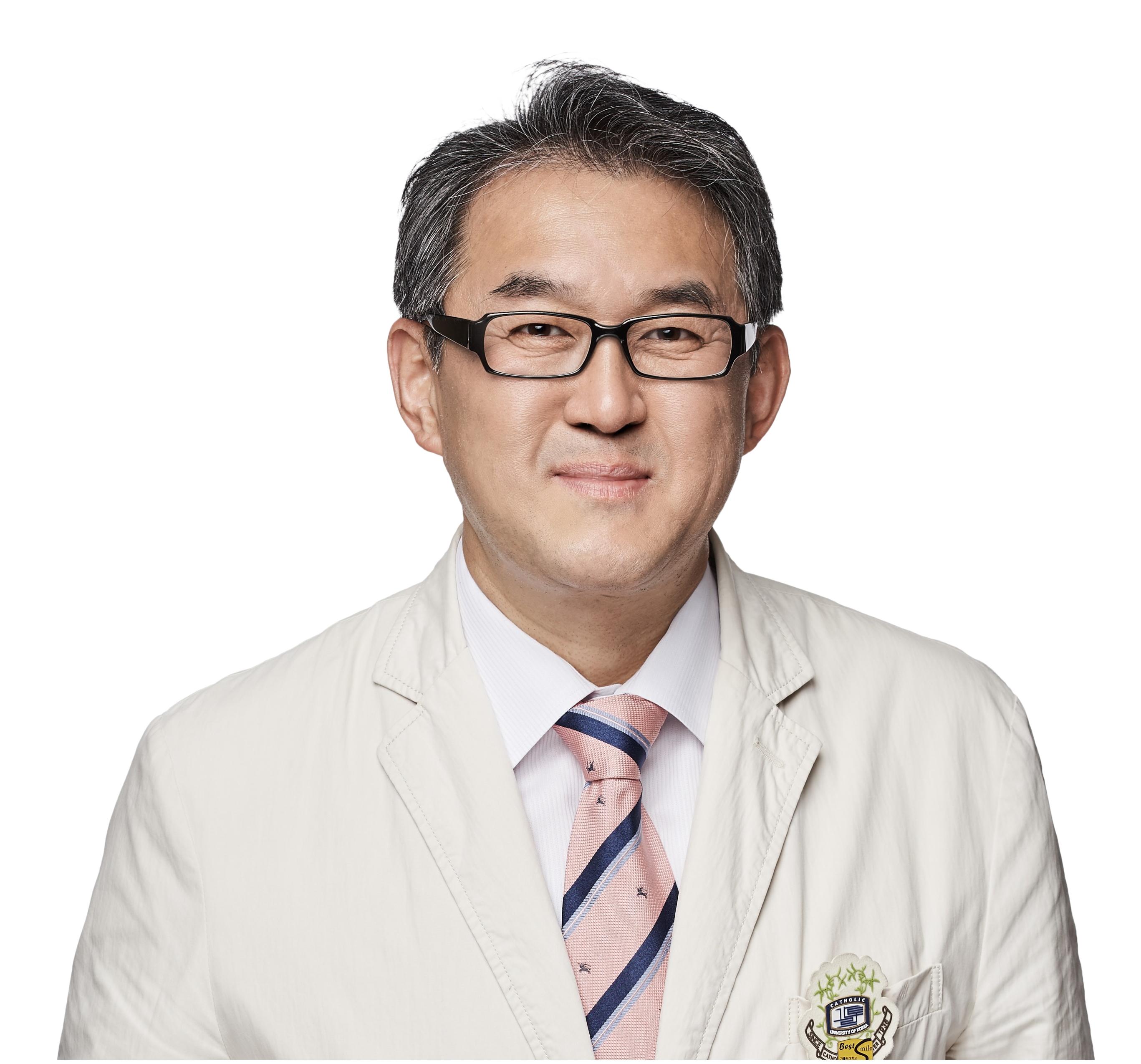 류마티스내과 김완욱 교수